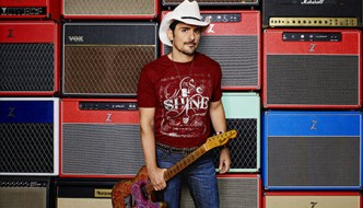 Country Superstar Brad Paisley to Host a Night of Stand-Up Comedy