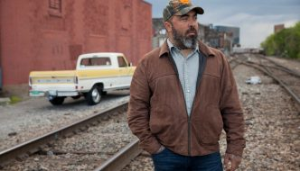 AARON LEWIS ANNOUNCED AS PART OF BRANTLEY GILBERT'S 'THE ONES THAT LIKE ME 2018' TOUR